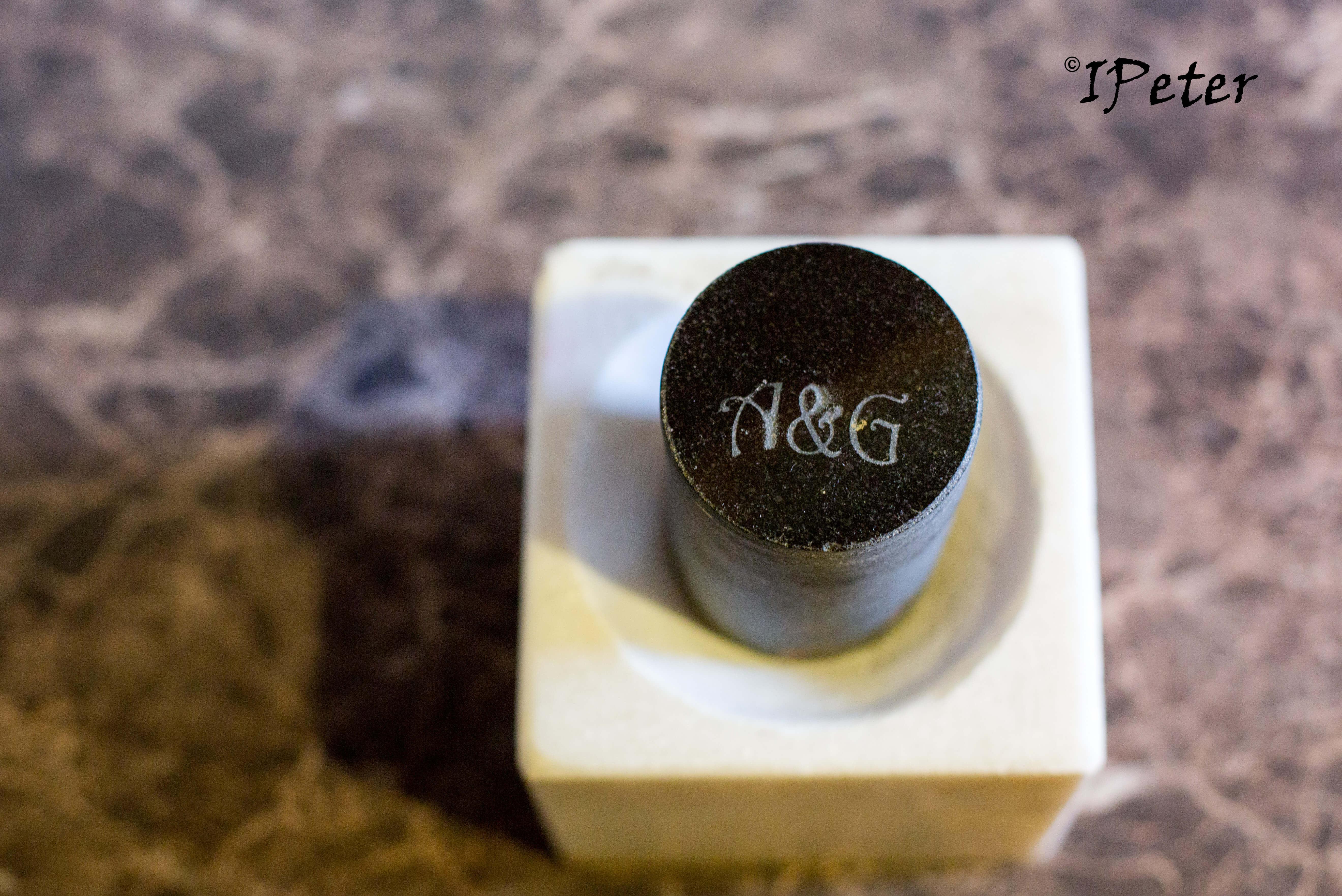 Mojar marmura cu pistil din granit negru Model 1.1 Facebook