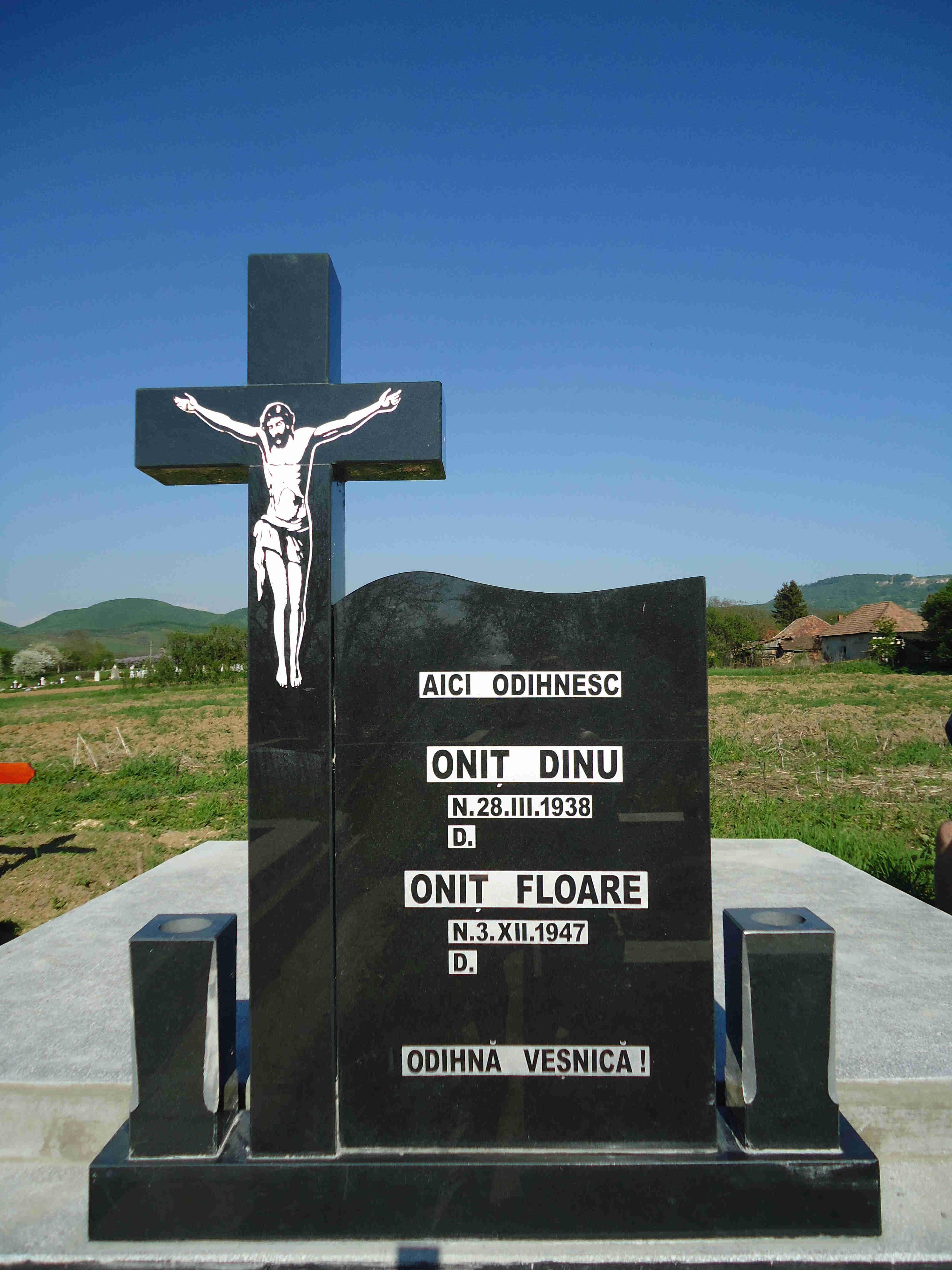 Cruce Granit Negru Model 3