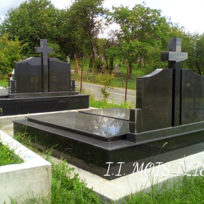 Monument Funerar Cadru din Granit Negru 2