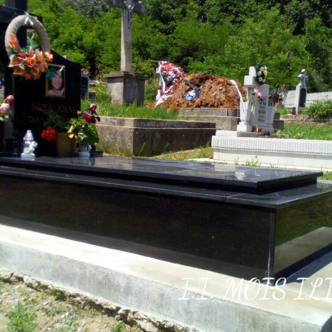 Monument Funerar Cadru din Granit Negru 3