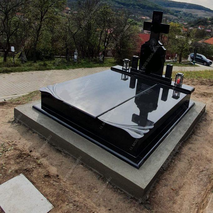 Cadru dublu granit negru si cruce neagra model 20